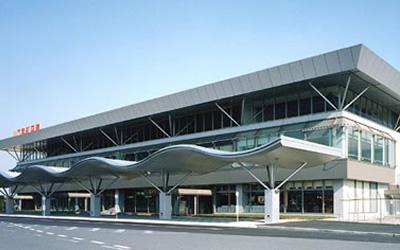 山口宇部空港の基本情報!アクセス方法や各種サービス、周辺の観光情報もご紹介