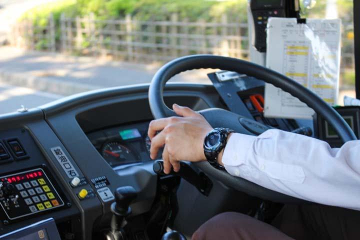 格段に楽になる!高速バスの乗り方ガイド