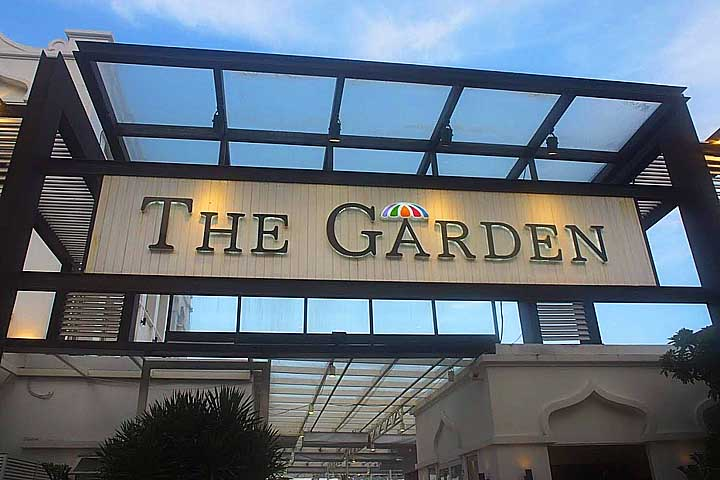 ダナンのレストラン「ザ・ガーデン」はロケーションが最高で肉料理が食べられる!