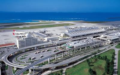 那覇空港の基本情報!アクセス方法や各種サービス、周辺の観光情報もご紹介