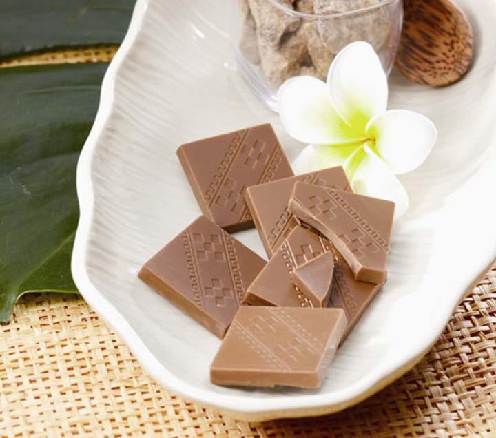 ロイズ石垣島「黒糖チョコレート」