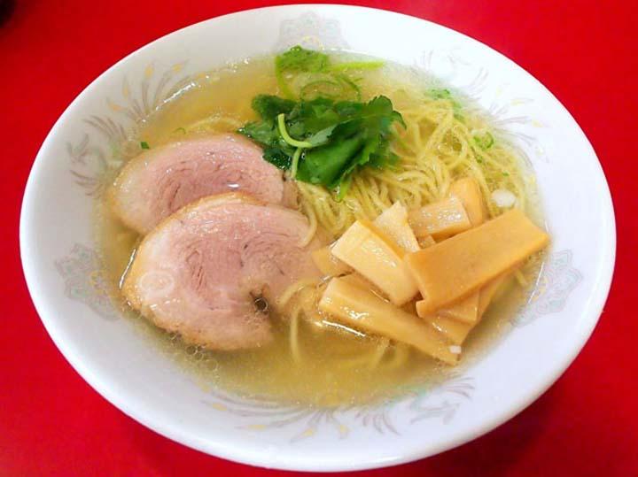函館ラーメンのおすすめ人気店「中華料理 星龍軒」