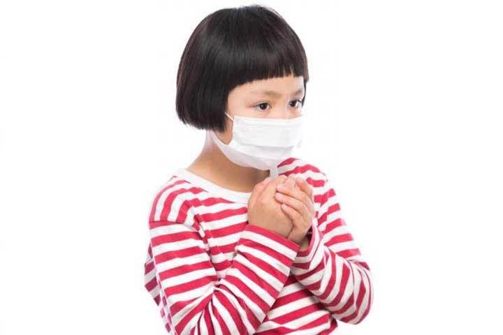 マスクは飛行機内の乾燥対策の必需品!